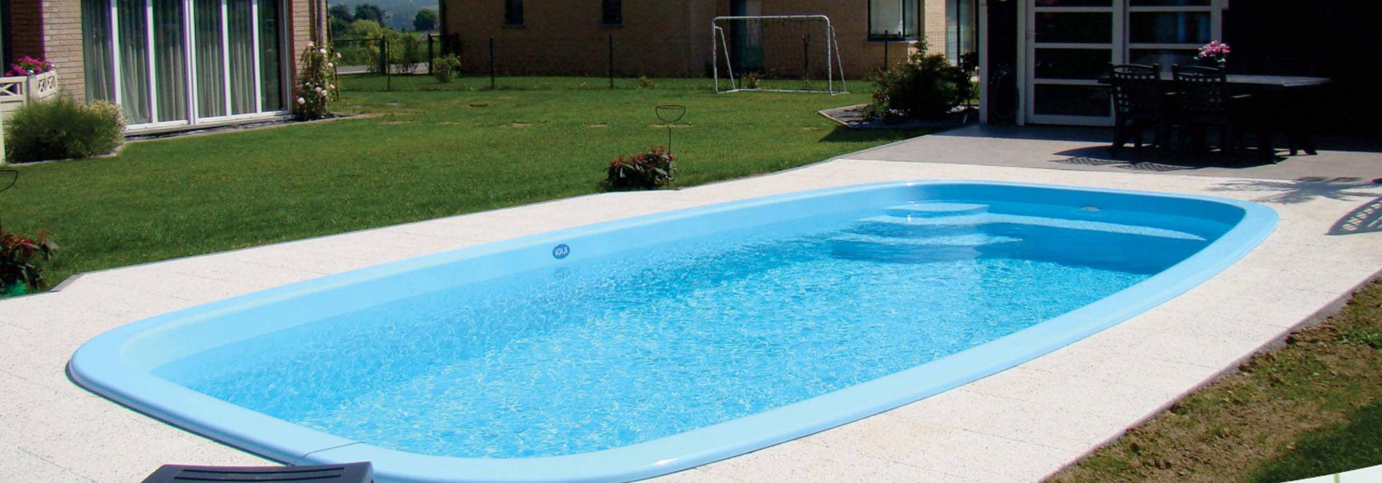 Piscinas piscinas de poliester venta y montaje for Multiforma piscinas