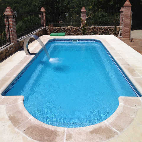 Piscina mallorca 7 50 x 3 50 piscinas de poliester for Piscina cuadros leon